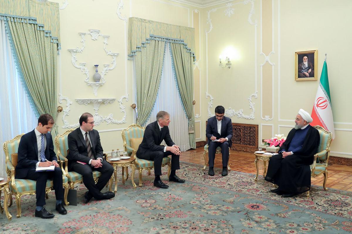 توئیت سفیر جدید انگلیس در تهران +عکس