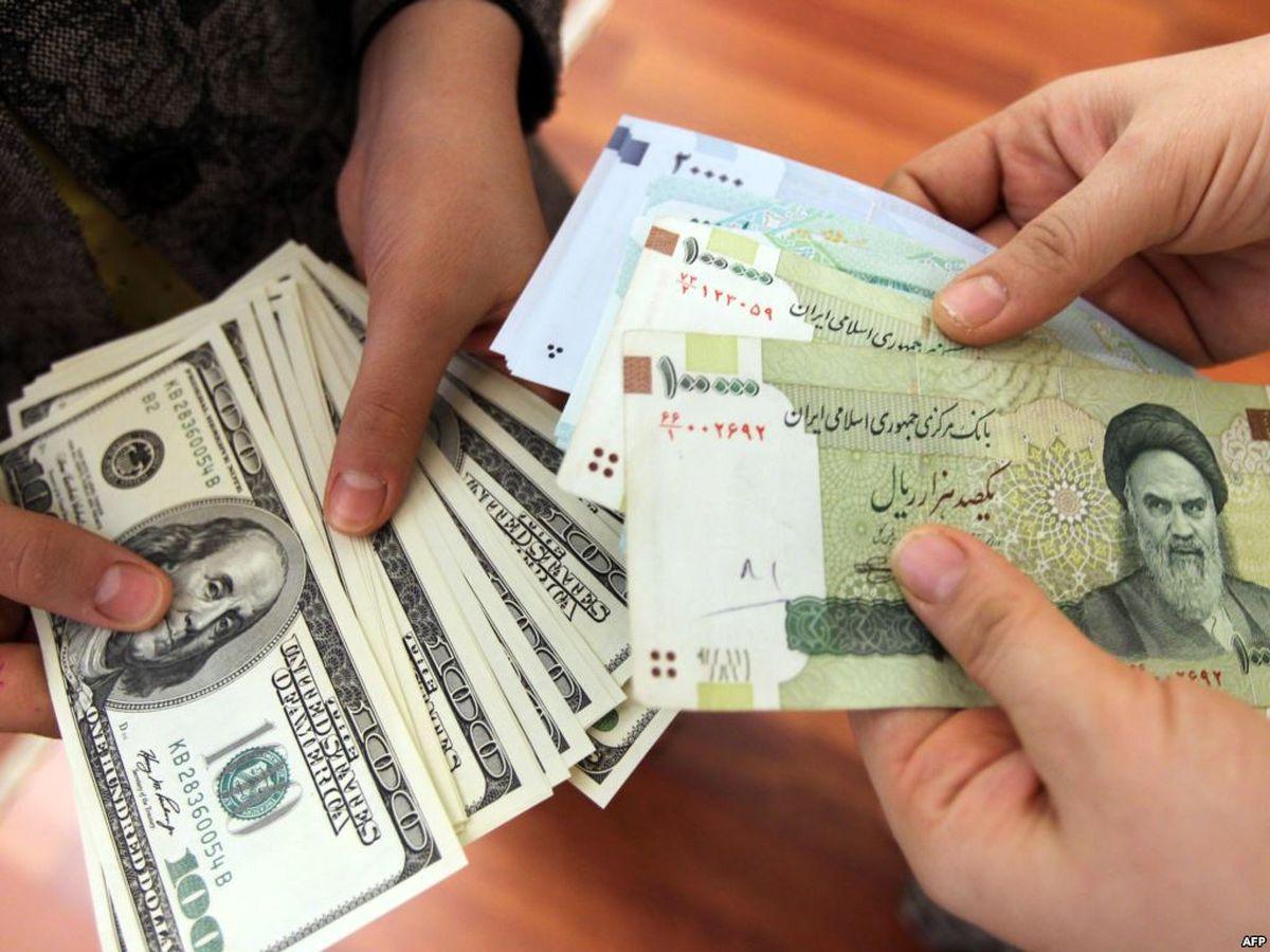 دلار در یک قدمی ورود به کانال ۱۰هزار تومان/ کاهش ۴۵۰تومانی در یکروز