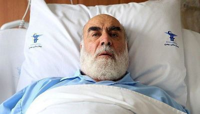 حجت الاسلام محمدی گلپایگانی در بیمارستان بستری شد