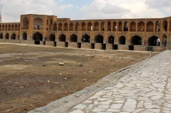 جلسه ۶ وزیر برای بررسی خشکسالی زایندهرود