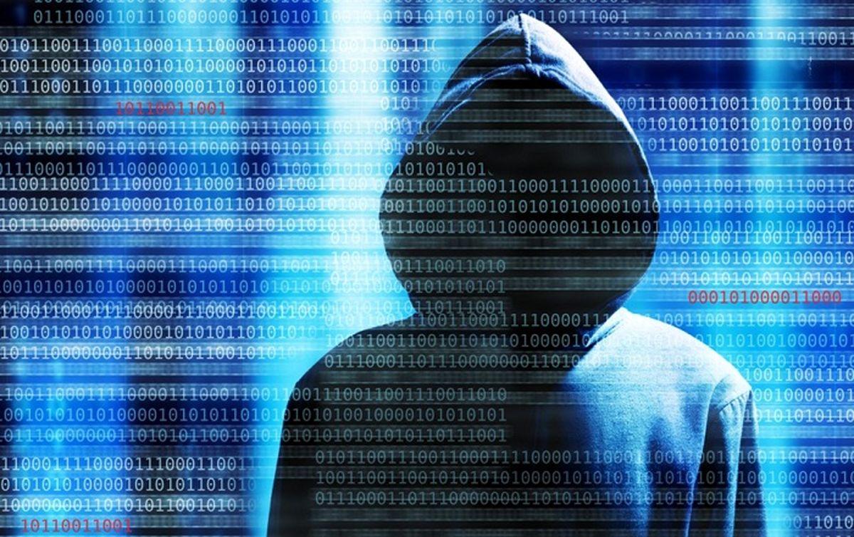 دستبرد هکر ۱۵ ساله به ۱۰۰۰ حساب بانکی