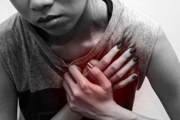 علائم ایست قلبی