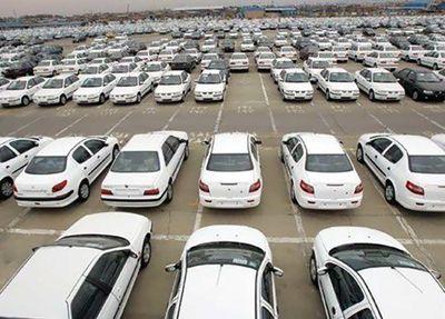 عضو کمیسیون صنایع و معادن مجلس در گفت وگو با اقتصادآنلاین: توجیه وزیر درباره گرانی خودرو غیرقابل قبول است/ نقدینگی تنها دلیل افزایش قیمت خودرو نیست
