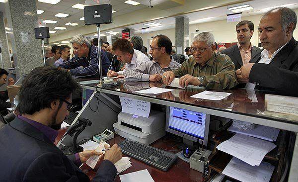 پای لنگ تسهیلات کوتاه مدت بانک ها در ازای وثائق/ خطر ورشکستگی در کمین نظام بانکی ایران