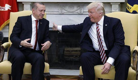 خوشحالی ترامپ از کاهش ارزش لیر ترکیه در برابر دلار