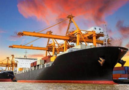 مثبت شدن تراز تجاری کشور در اردیبهشت امسال/ رشد ۳۰درصدی صادرات