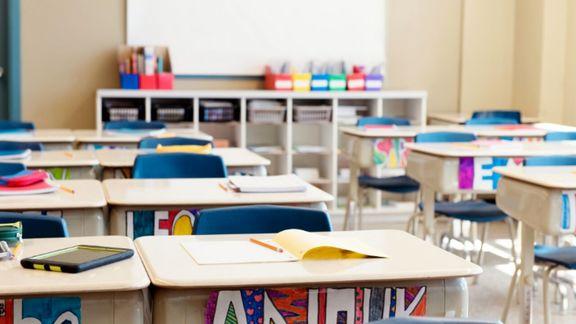 انگلیس درنهایت تن به تعطیلی مدارس داد