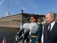 شرکت پوتین در رژه نیروی دریایی روسیه +تصاویر