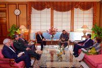 ظریف با عمران خان دیدار کرد