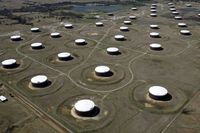 قیمت نفت کاهش یافت / افزایش مبتلایان کرونا چشمانداز تقاضا را تاریک کرد