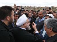 روحانی در جمع مردم روستای چنسبلی +عکس