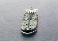 هدایت نفتکش ایرانی به علت نقص فنی به بندر جده
