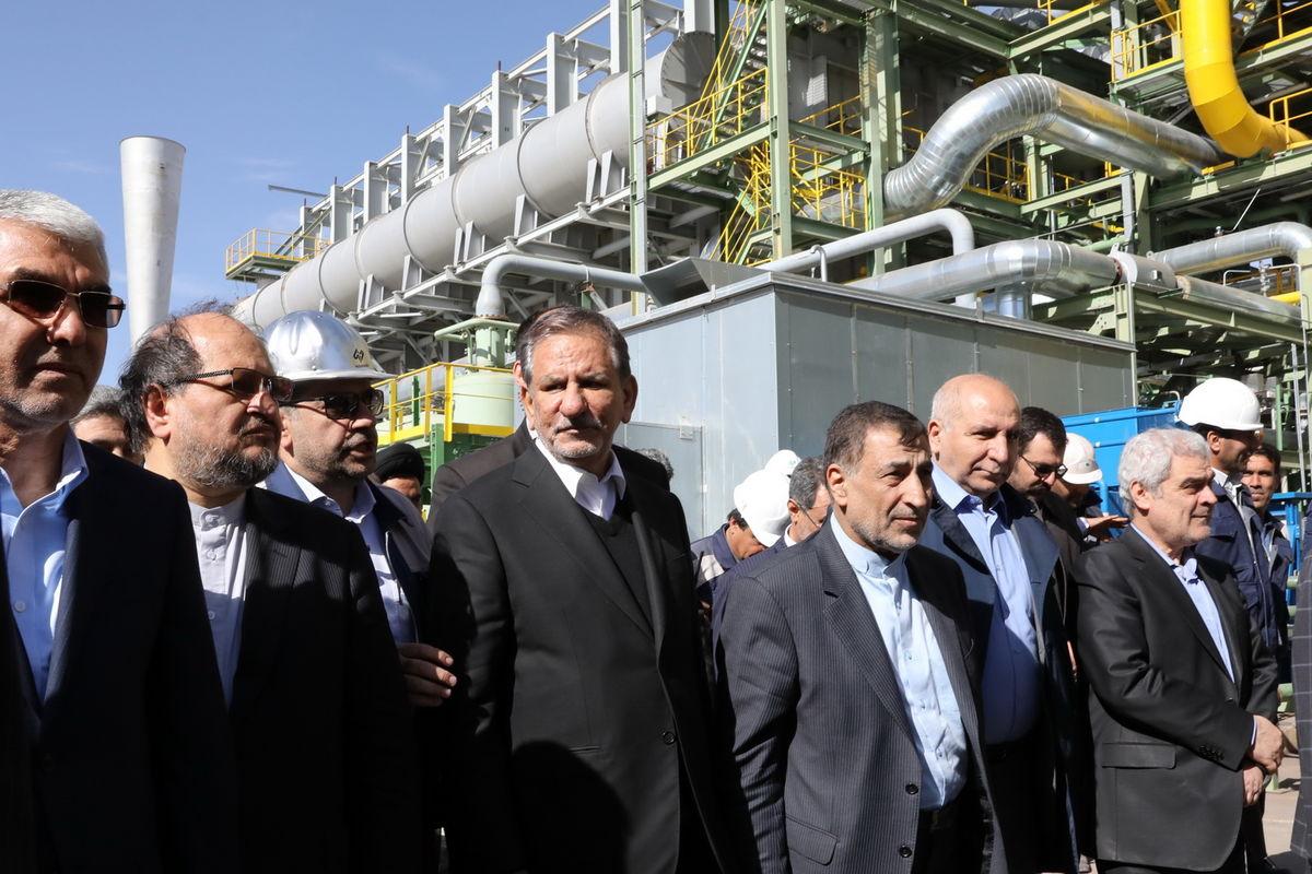 جهانگیری: ایران نیازمند کارآفرینانی ریسکپذیر و توانمند است/ رمز غلبه بر چالشهای اقتصادی ایجاد امنیت سرمایهگذاری است
