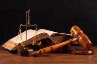 زندان و شلاق برای 11متهم رشوه در اردبیل