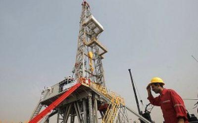 عملیات حفاری ۲۰ حلقه چاه در میدان نفتی آزادگان جنوبی آغاز میشود