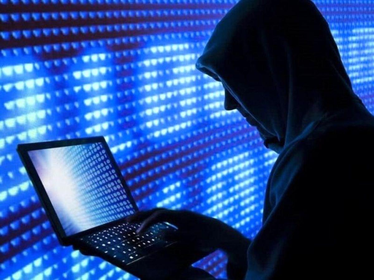 باند سرقت اینترنتی از حسابهای بانکی متلاشی شد