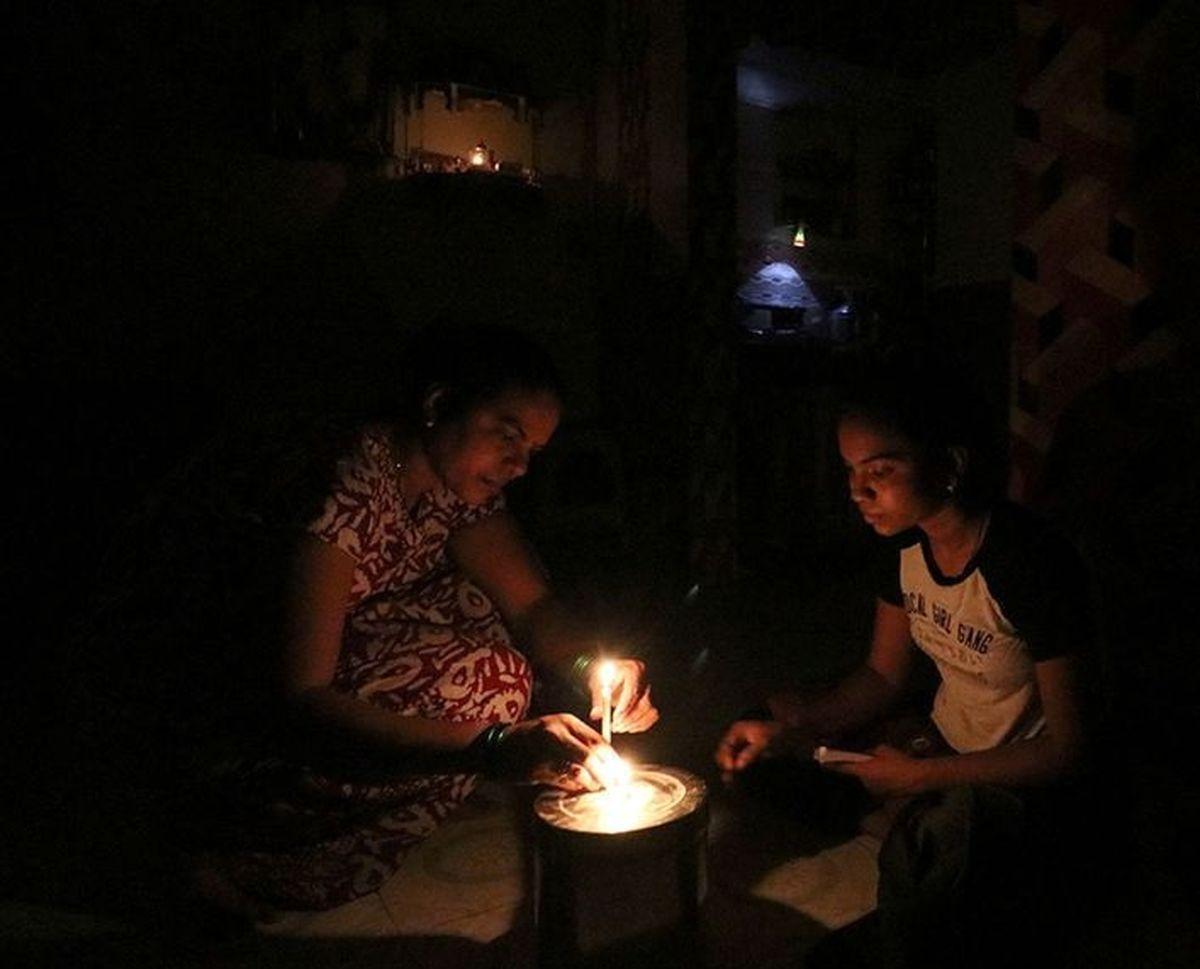 قطع برق بیسابقه در بمبئی +عکس