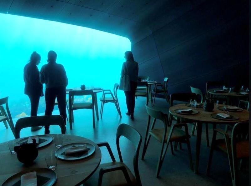 رستوران ۳طبقه زیر آبهای نروژ