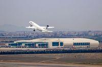 عدم رعایت قرنطینه مسافران پروازهای خارجی در فرودگاه امام خمینی