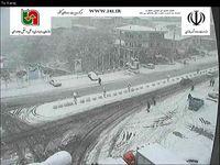 بارش برف در محورکندوان محدوده سه راه مرزن آباد