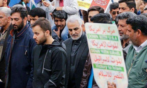 سردار سلیمانی در راهپیمایی کرمان +عکس