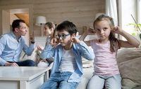 جلوی کودکانتان دعوا کنید، خوب است