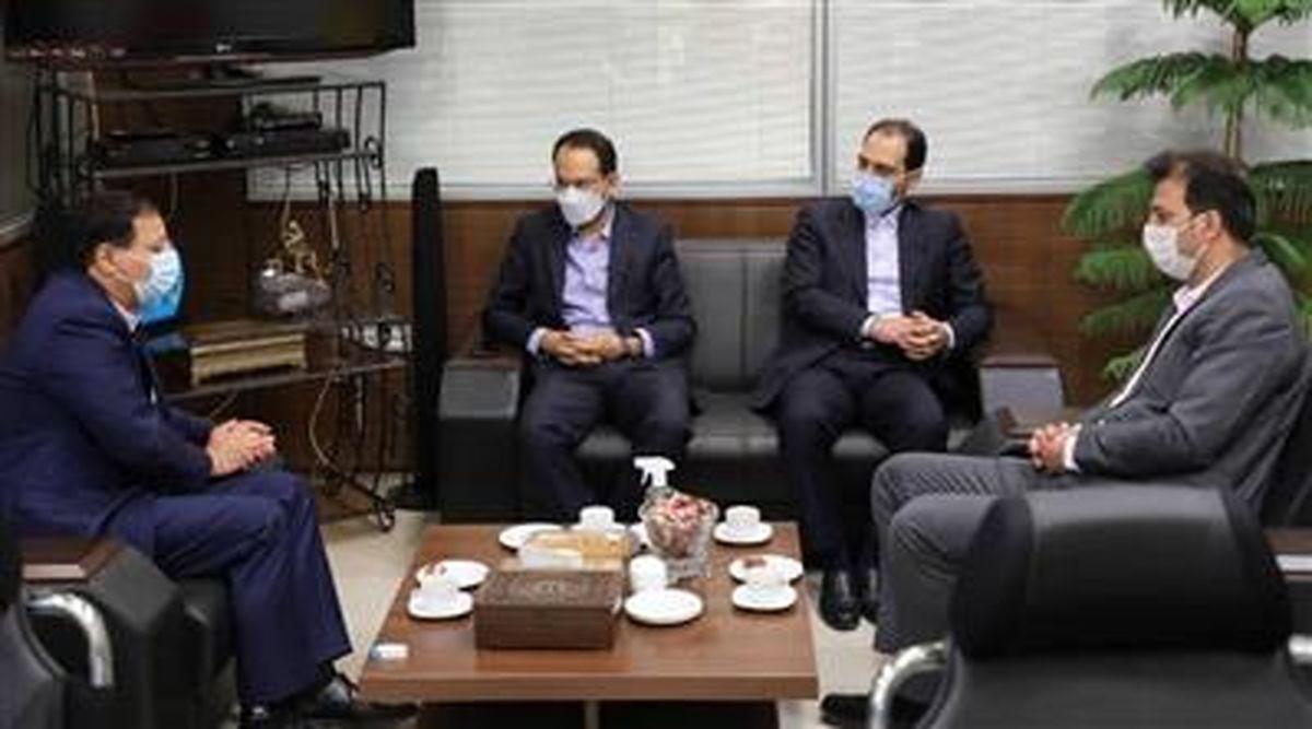 حضور مدیران ارشد شرکت فولاد مبارکه در باشگاه سپاهان به مناسبت روز سپاهان