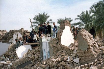 مروری بر لحظات تلخ زلزله ۶.۳ریشتری بم پس از ۱۴سال +تصاویر