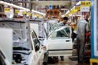 قیمت خودرو (۹۹/۵/۱۴)/ ۳پیشنهاد رییس انجمن صنایع همگن قطعهسازان برای کنترل بازار