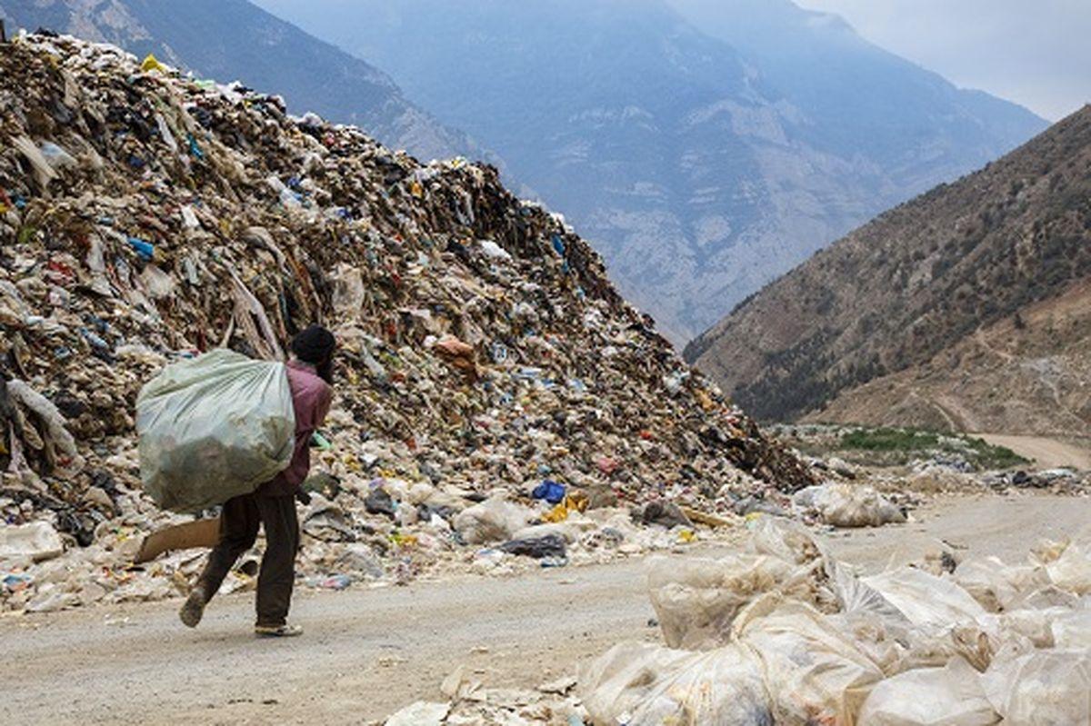 تخلیه زبالههای بیمارستانی در بیابانهای اطراف حسنآباد و کهریزک!/ ورود بازرسی و حراست به موضوع امنتاع برخی مدیران شهرداری از غربالگری کارکنان