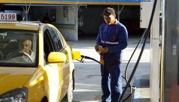 گرانی بنزین در آمریکا پس از حملات نفتی عربستان