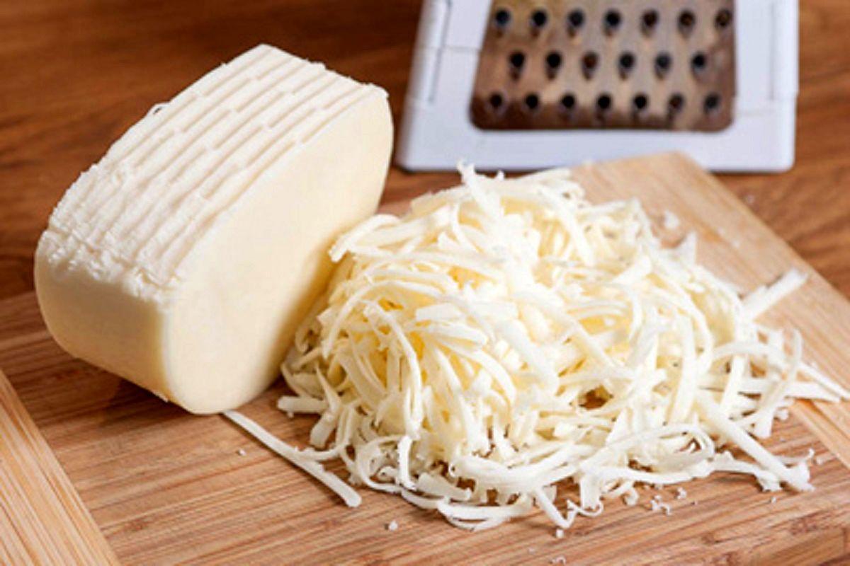اثر خانهنشینی بر افزایش مصرف پنیر پیتزا