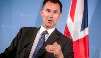 ابراز نگرانی هانت از توقیف نفتکش انگلیسی توسط ایران
