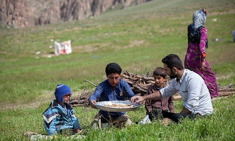معلم کوچ نشین عشایر کرمانشاه