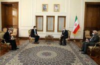 ظریف: سئول محدودیتهای منابع ارزی ایران را رفع کند