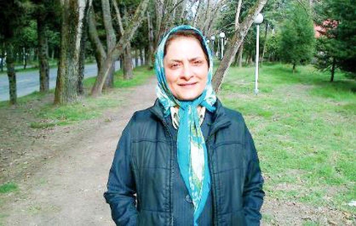 بخش بزرگی از زنان خانهدار ایرانی «بیکار پنهان» هستند/   اگر وضع بازار کار خوب باشد بسیاری ادامه تحصیل نمیدهند