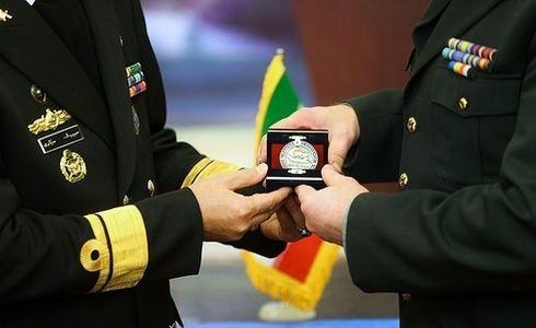دیدار با فرمانده نیروی دریایی ارتش +عکس