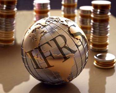 بانکها ملزم به رعایت استانداردهای بین المللی هستند