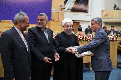 تقدیر روحانی از ۳ مرد اقتصادی کابینه +تصاویر
