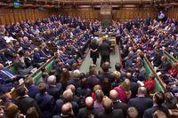 رایگیری درباره توافق برگزیت به تاخیر افتاد