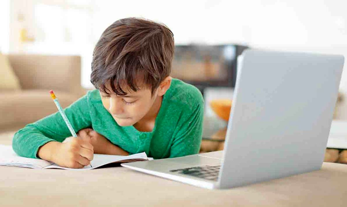 نحوه محافظت از کودک در مقابل آزار و اذیت اینترنتی