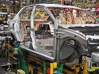 بلاتکلیفی تحمیلی به صنعت خودرو