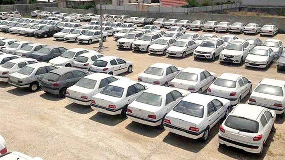 فعالیت شورای رقابت با رویکرد فعلی به معنی ورشکستگی دو خودروساز است/ به صورت مستقیم از خودروسازان خرید کنید