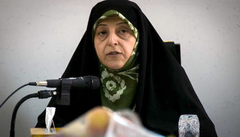 دولت شرایط دشوار تحریم را انکار نمیکند