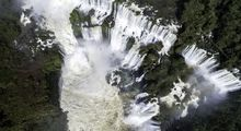 زیباییهای خیرهکننده آبشاری در مرز آرژانتین و برزیل +عکس