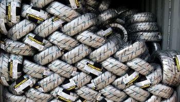 کشف لاستیکهای میلیاردی قاچاق در خراسان شمالی