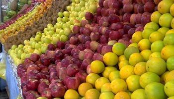 اختلاف قیمت میوه همچنان زیاد است!