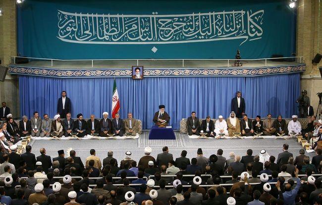 رهبرانقلاب در دیدار شرکت کنندگان مسابقات بینالمللی قرآن +عکس