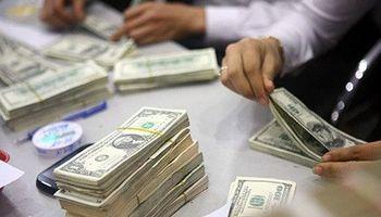 استقبال از بخشنامه ارزی بانکی/ تجار خود صرافیشان را انتخاب میکنند