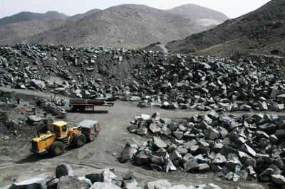 رکورد تولید و صادرات سنگآهن